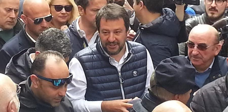 """Salvini:""""Chi sceglie la Lega sceglie il futuro, non i Mastella"""""""