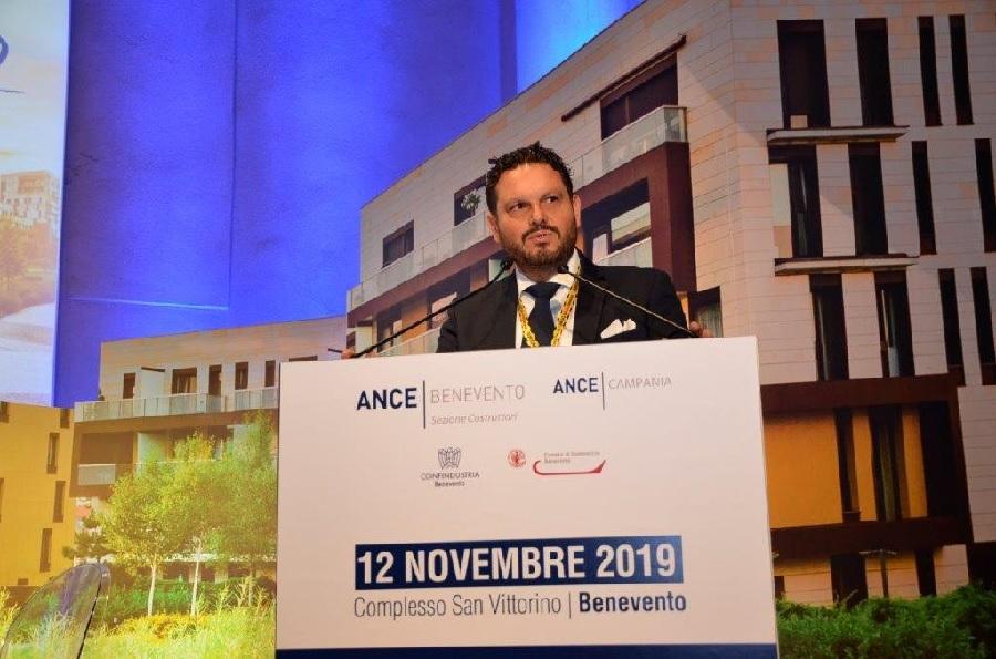 Ance Benevento dona 20.000 euro all'ospedale San Pio di Benevento per l'acquisto di un ventilatore polmonare