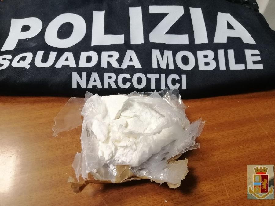 Benevento. Due arresti per detenzione ai fini di spaccio di stupefacenti
