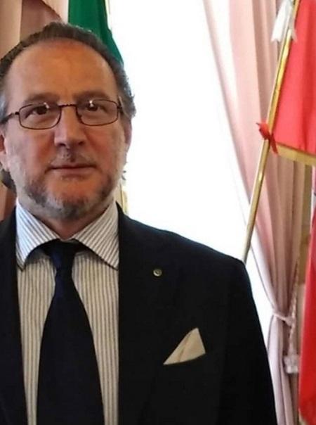 L'Avv. Monetti (Rotary di Benevento) dona 200 mascherine FFP  all'Ospedale  Fatebenefratelli di Benevento