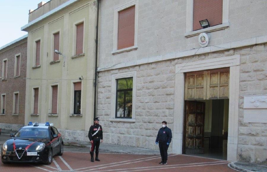 Benevento. Caritas Diocesana e Arma dei Carabinieri organizzano la distribuzione di aiuti alimentari alle persone più bisognose