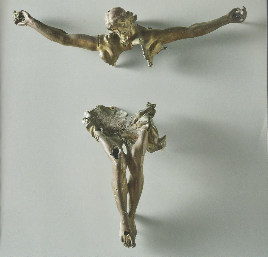 """Il Cristo """"spezzato"""", la processione di Accrocca del Venerdì Santo senza partecipazione comunitaria"""
