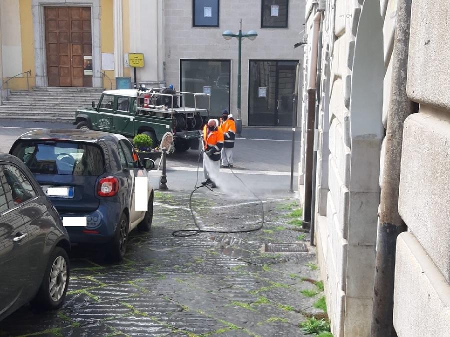 Nuovi interventi di sanificazione delle strade : centro storico cittadino