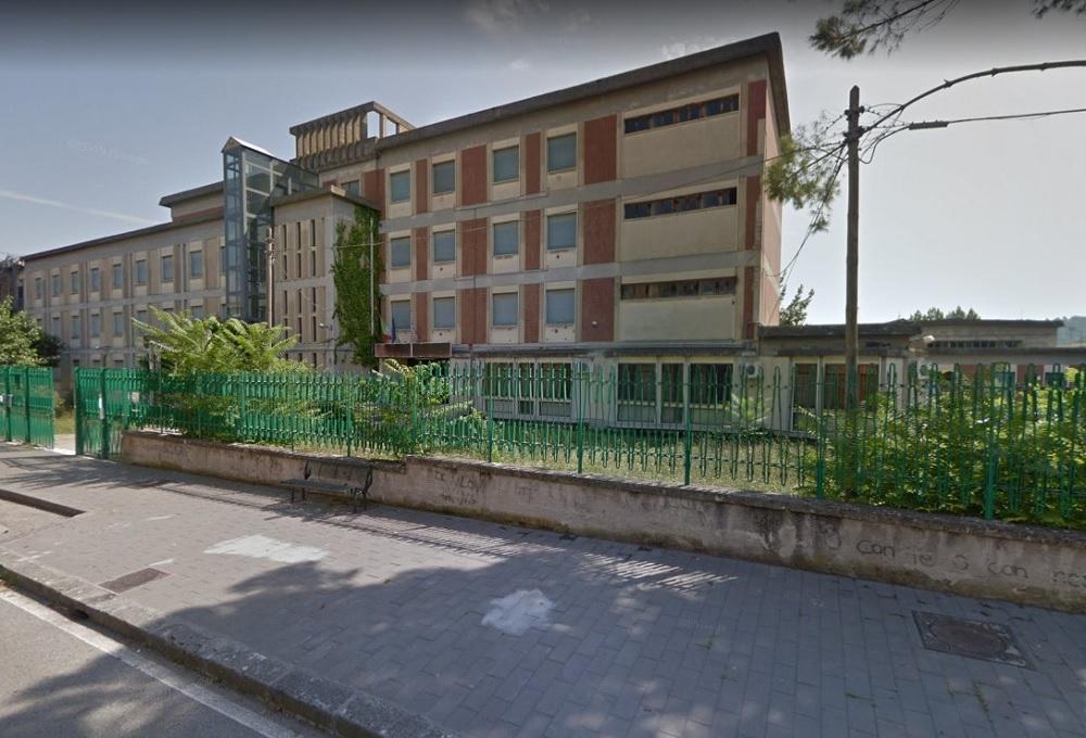 """Interventi di manutenzione straordinaria all'istituto tecnico """"G.B. Bosco Lucarelli"""""""