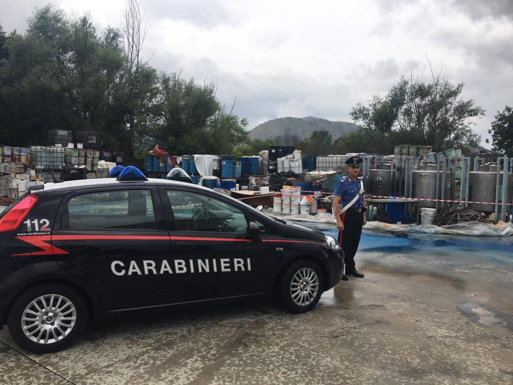 Limatola (bn): carabinieri sequestrano area di 1700 mq con 200 metri cubi di rifiuti speciali pericolosi