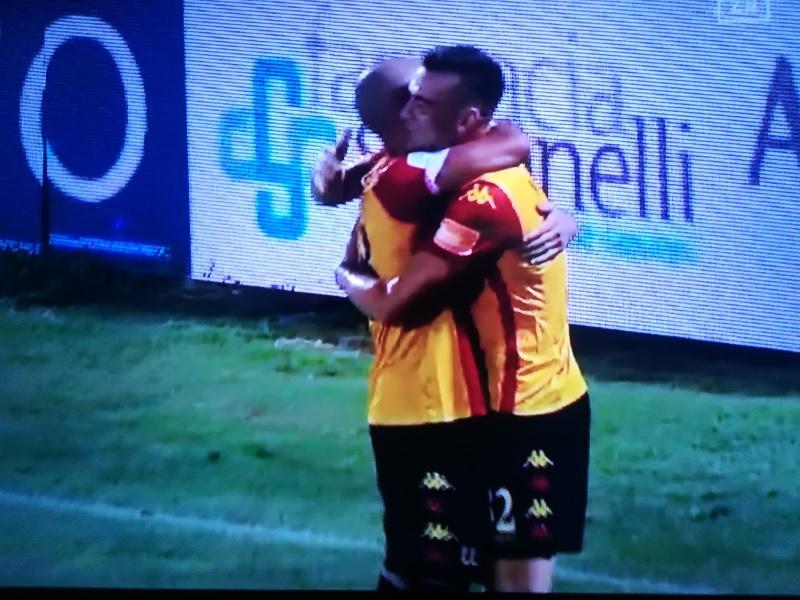 Il Benevento dei record espugna il Del Duca di Ascoli vincendo per 4 reti a 2