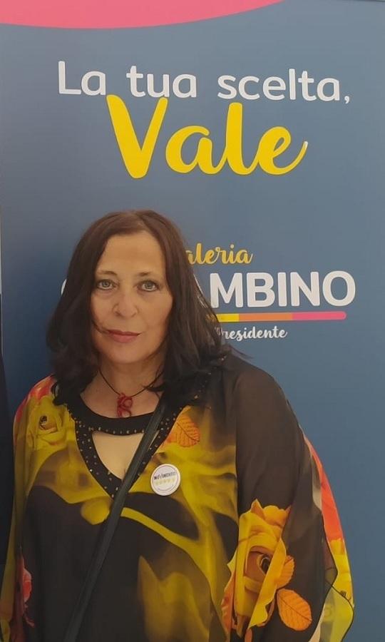 Coletta M5S: «Manifesti elettorali abusivi, se a metterli è il sindaco non è reato»