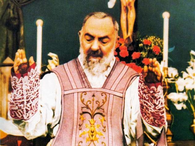 Pietrelcina,  per la festa liturgica di San Pio migliaia e migliaia di richieste dei fedeli