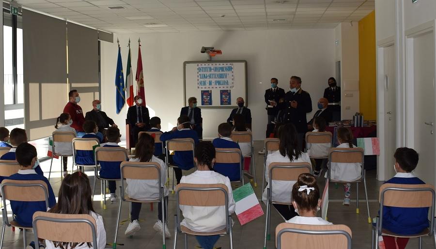 """La Polizia di Stato ha presentato la settima edizione dell'Agenda Scolastica""""Il Mio Diario"""""""