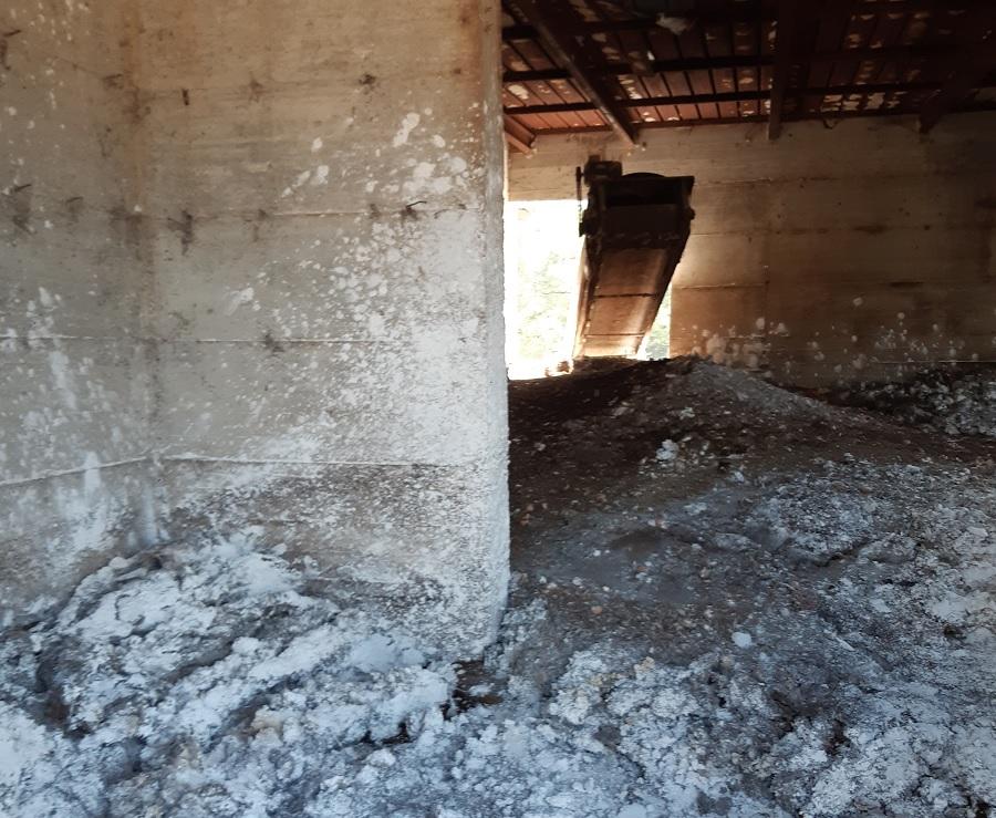 Smaltimento illecito di rifiuti: sequestrato manufatto ad Apice