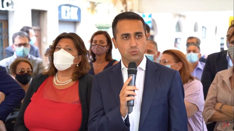 """Di Maio : """" In Campania candidate sempre le stesse persone. Ciarambino è la novità!"""""""