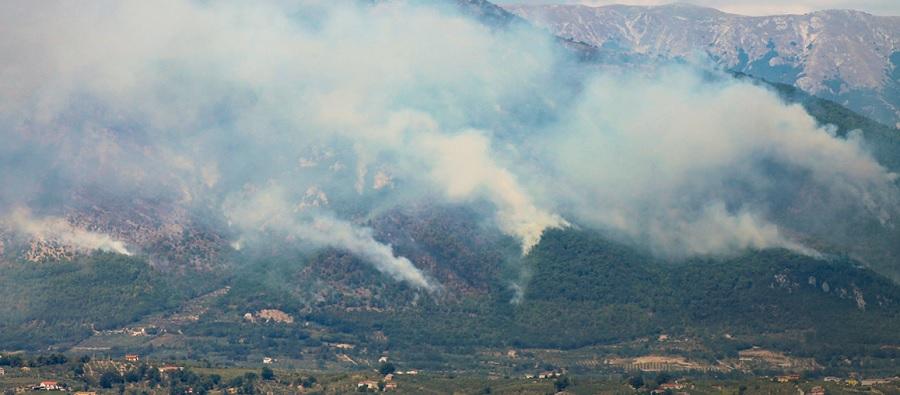 """Incendio sul Monte Erbano, Mortaruolo: """"Una ferita nel cuore verde del Sannio"""""""