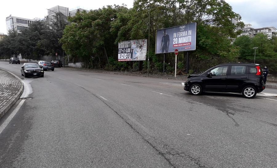 Benevento. Incidente stradale alla Rotonda delle Scienze