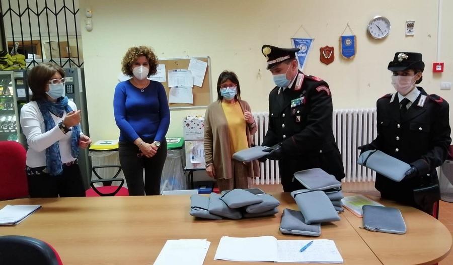 Benevento,emergenza sanitaria:collaborazione tra scuola e carabinieri nella DAD