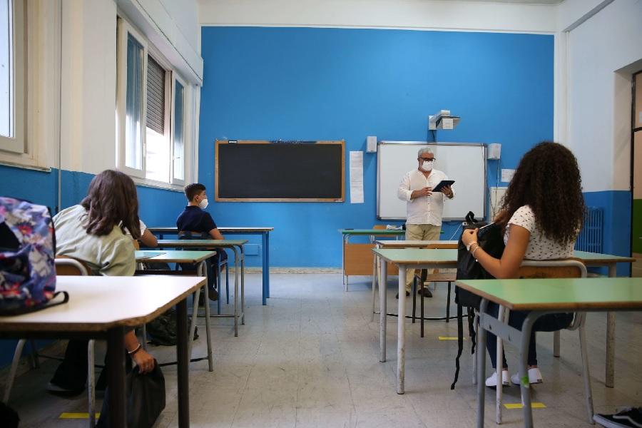 """Confcooperative Campania : """" Sulla scuola stiamo vivendo una situazione Kafkiana"""""""