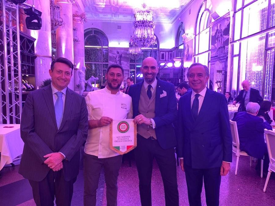 Lo Chef puglianellese Emanuele Mongillo premiato a Mosca dall'accademia italiana della cucina