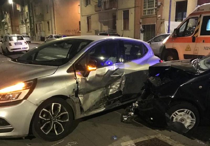Incidente questo pomeriggio in via Bari al Rione Libertà.Quattro i feriti