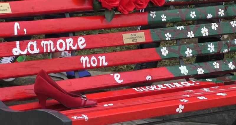 """Panchina rossa al Rione Libertà, Noi Campani """"scelta di grande sensibilità"""""""