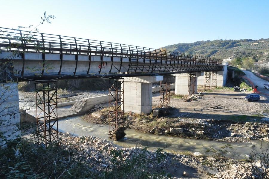"""Ponte Ufita,Pepe sindaco di Apice: """"Dopo cinque anni non è più il tempo delle passerelle"""""""