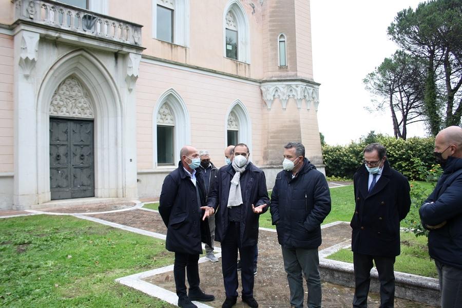"""Mastella e Di Maria: """"Riapriremo al pubblico il parco di Villa dei Papi""""Villa"""