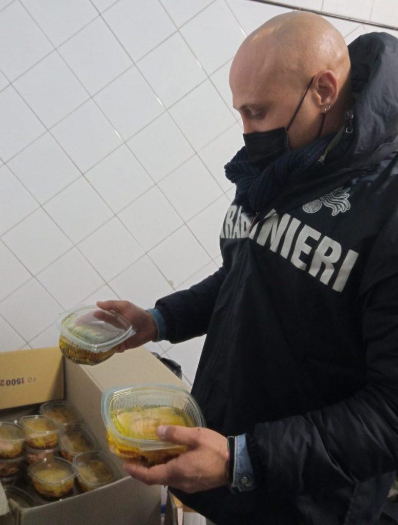 """Operazione nel Sannio: """"Christmas Food"""" sequestrati  400 kg di prodotti alimentari tipici natalizi"""