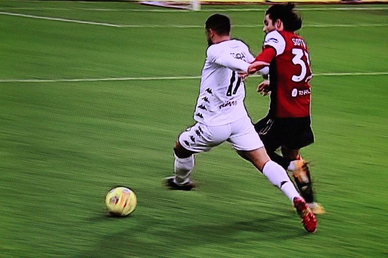 """Benevento strepitoso liquida il Cagliari al """"Sardegna Arena"""" vincendo per 2 a 1"""