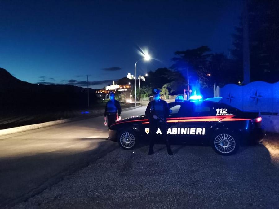 Montesarchio: arrestato 50enne per maltrattamenti in famiglia,atti persecutori e detenzione illegale di armi