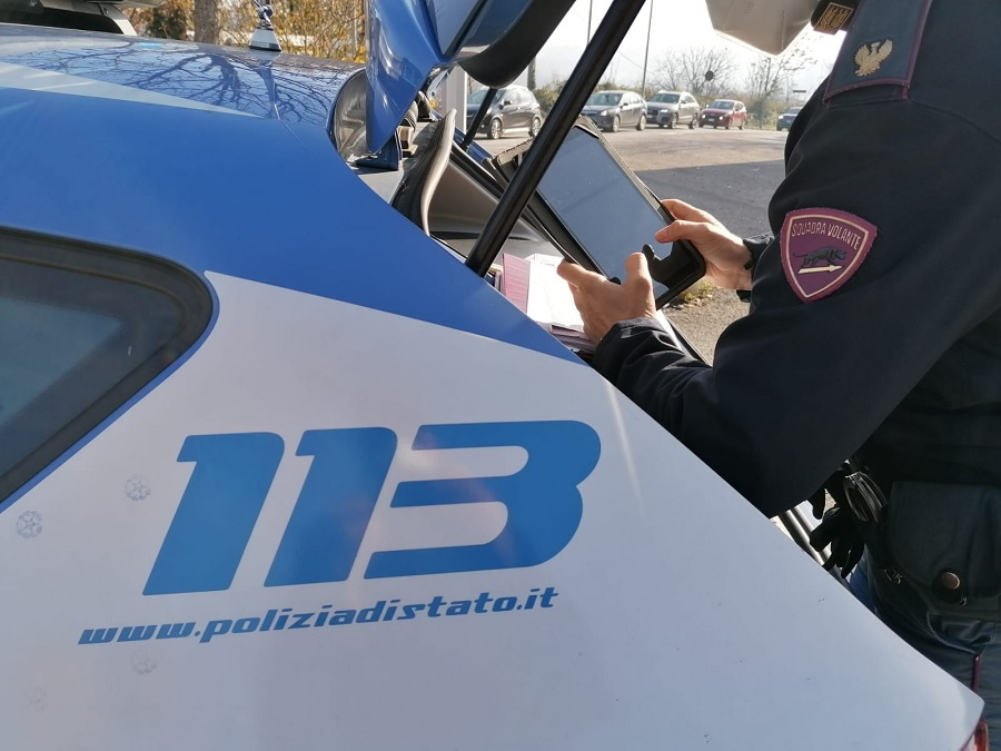Benevento, ai domiciliari un sorvegliato speciale per ingiurie e violenza al personale della Polizia di Stato