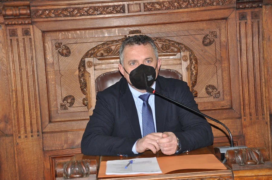 Alla Rocca Tavolo tecnico per la gestione del ciclo dei rifiuti esteso anche al sindaco di Montesarchio.