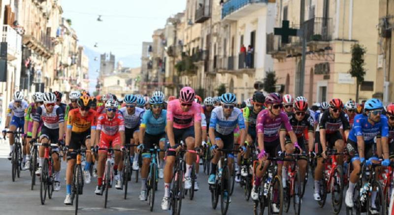 Guardia Sanframondi: Per la prima volta la cittadina sannita è arrivo di tappa al Giro d'Italia