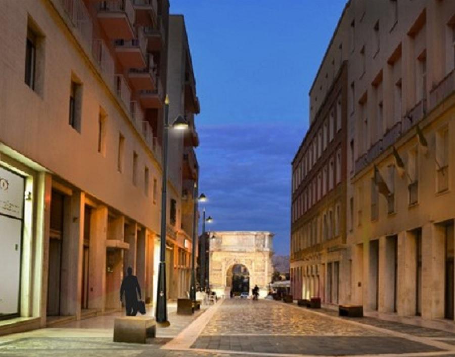 """Una nuova luce alla via Magistrale della Città Mastella: """"Benevento sarà orgogliosa di quest'opera"""""""