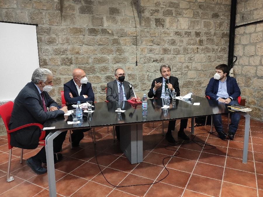 """Castelvenere, il comune più """"vitato"""", si candida ad ospitare la Banca del Vino del Sud Italia"""