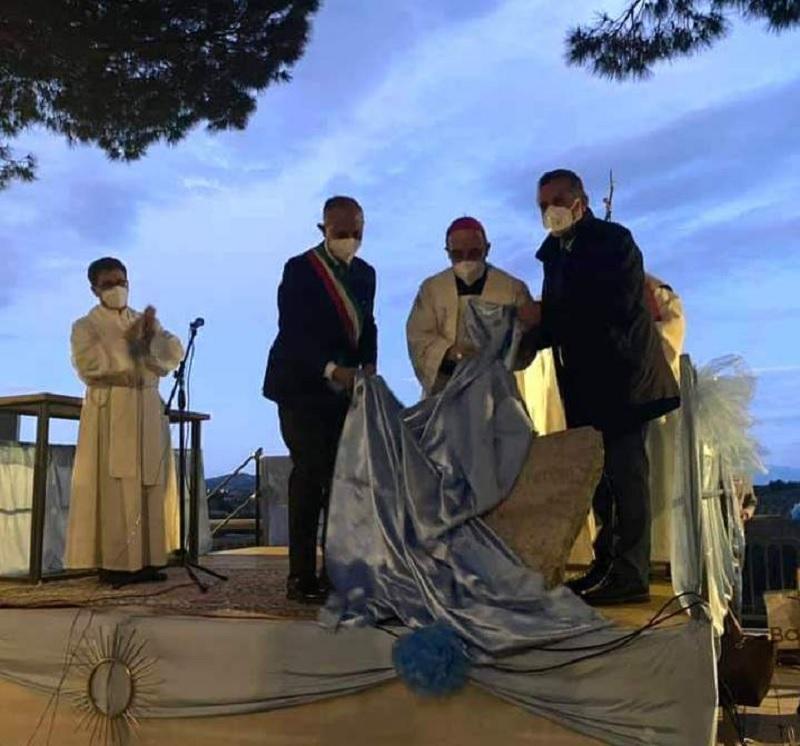Di Maria alla posa della prima pietra dell'Oratorio di Paduli