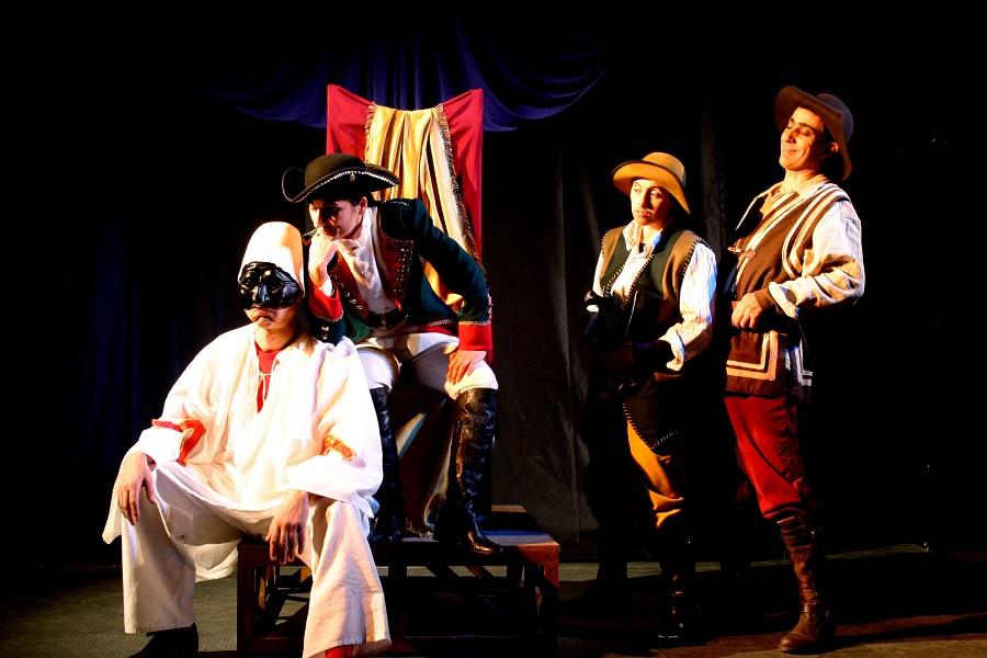 """Ai nastri di partenza la rassegna teatrale""""Il paese dei sogni""""organizzata da Teatro Eidos"""