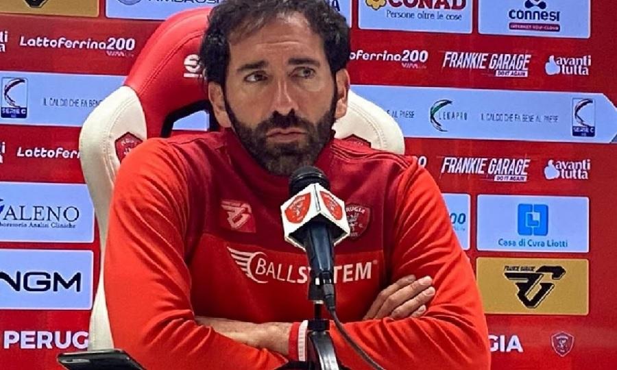 Benevento Calcio. Manca solo l'ufficialità ma Caserta si può considerare il nuovo allenatore giallorosso.