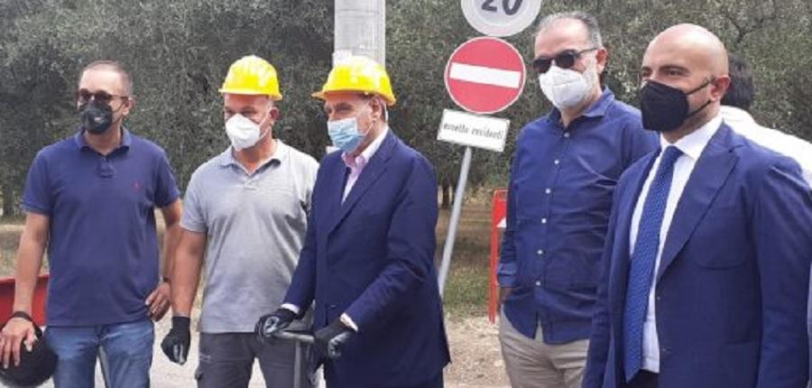 """Altrabenevento : """"Acqua, ridicola manifestazione elettorale di Mastella per inaugurare lavori di due metri."""""""
