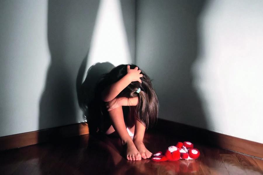 Violenza sessuale su bambina di 11 anni. Arrestato 53enne
