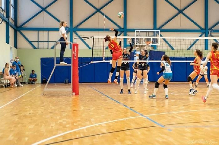 Accademia Volley. De Cristofaro, il capitano resta giallorosso