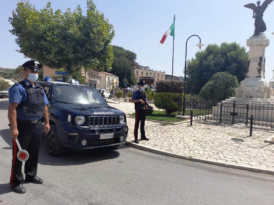 San Giorgio La Molara. Uomo provoca incendio, denunciato dai Carabinieri