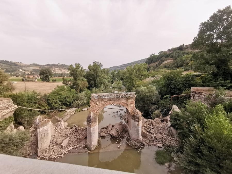 Crollo del ponte sul fiume Calore in territorio di Apice, le dichiarazioni di Di Maria