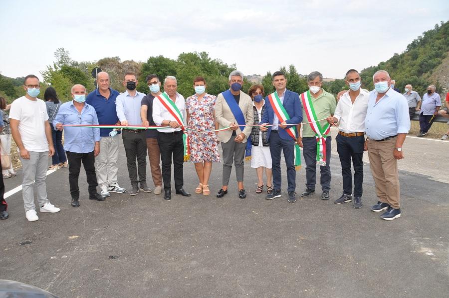 Inaugurato nel primo pomeriggio lo svincolo da Foglianise per Castelpoto sulla Fondo Valle Vitulanese.