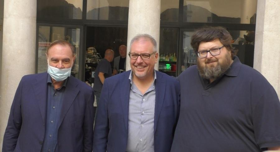 Adinolfi a Benevento difende la famiglia tradizionale ed il diritto alla vita