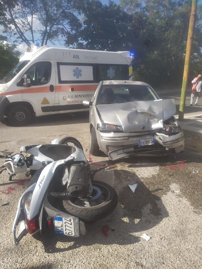 Benevento. Incidente in Via Mustilli, giovane in prognosi riservata