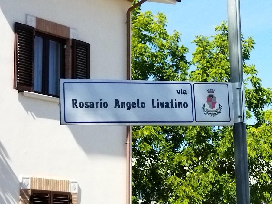Nell'anniversario della morte del Giudice Livatino intitolata una strada alla sua memoria.