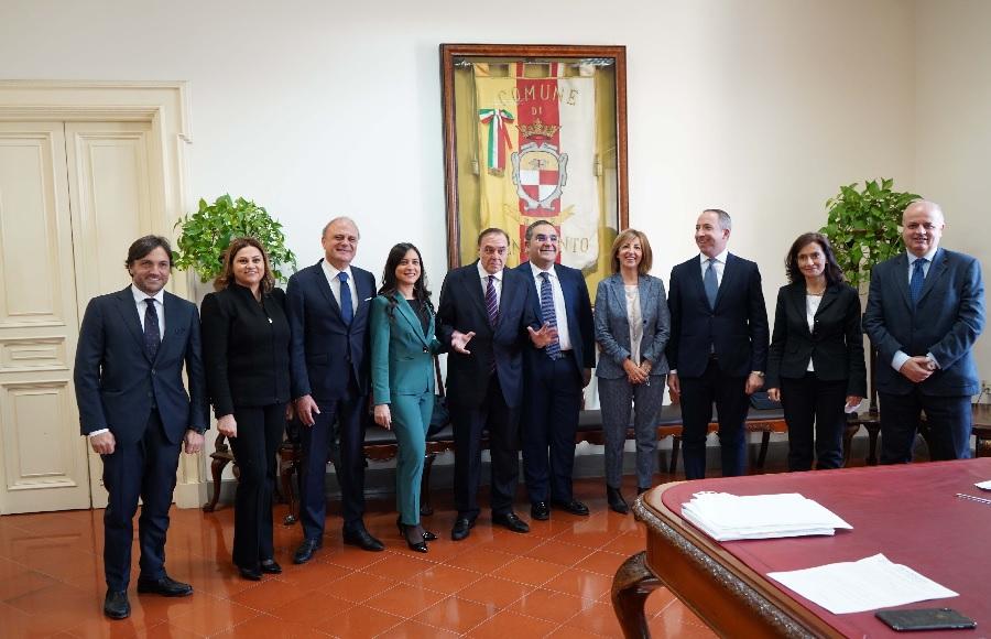 """""""Impegno politico e dedizione. Ambrosone riconfermato assessore ringrazia Mastella"""