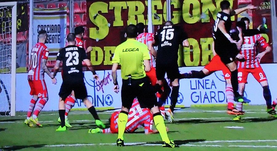 Benevento Calcio. Occasione persa a Cremona per l'aggancio del secondo posto