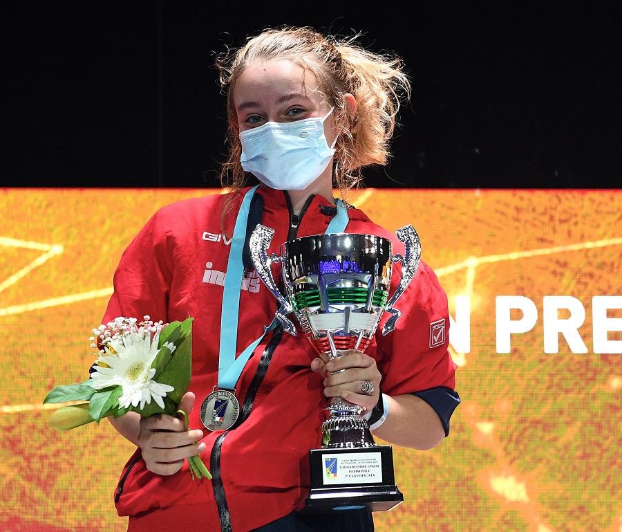 Accademia Olimpica di Scherma Furno: Nina De Curtis, si è laureata campionessa italiana di spada categoria giovanissimi